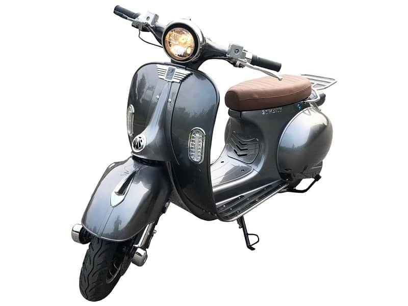 Scooter-gris-800×600